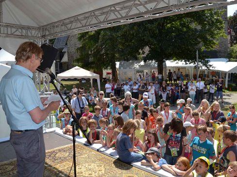 """Einladung zum ersten Wochenabschlussfest der Kinderstadt """"Iser-Kid-City"""" am Freitag, 22. Juli, auf dem Fritz-Kühn-Platz"""