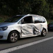 Verkehrsunfall auf der Autobahn -Eine verletzte Person