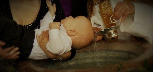 Perfektes Design für Tauf- und Geburtskarten selbst gestalten