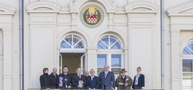 Stadtwappen am Alten Rathaus restauriert