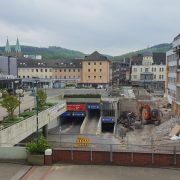 Iserlohner sind gefragt nach ihren Erinnerungen zum Schillerplatz – Studentenprojekt in der Schiller BOX geht weiter