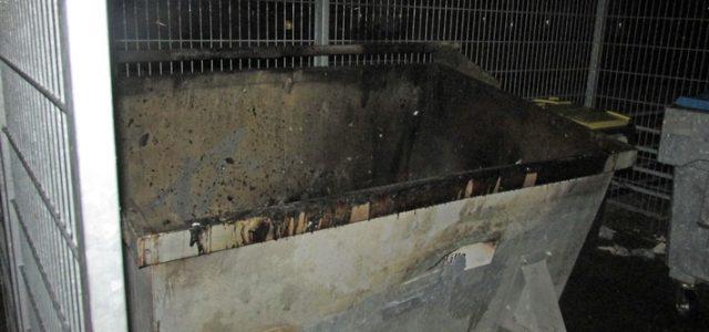 Hemer: Müllcontainerbrand auf Schulhof