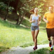 Zwischen 17 und 18 Uhr ist es am heißesten – Das sollten Sie über das Training bei Hitze wissen