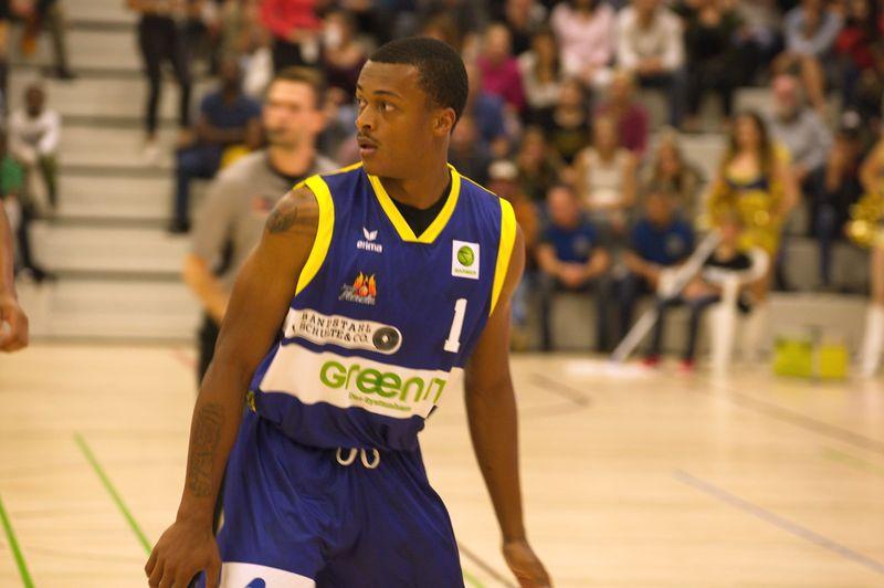 Basketball Testsoiel Iserlohn Kangaroos - Phoenix Hagen / Joel Aminu - © by Sportstimme.de (MK)