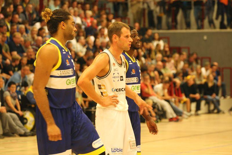 Basketball Testsoiel Iserlohn Kangaroos - Phoenix Hagen / Javon Baumann, Nikita Khartchenkov - © by Sportstimme.de (MK)