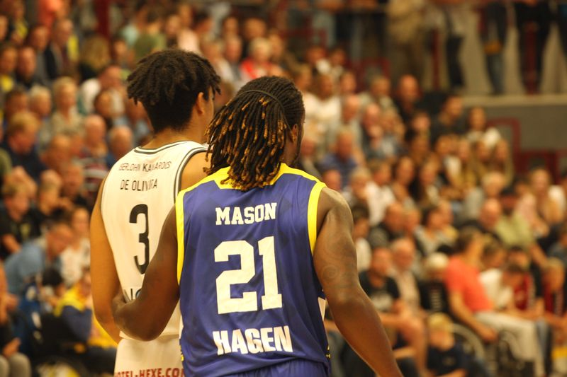 Basketball Testsoiel Iserlohn Kangaroos - Phoenix Hagen  / Mason - De Oliveira - © by Sportstimme.de (MK)