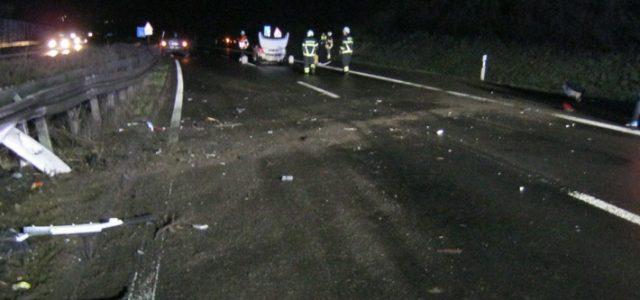 Zwei Verkehrsunfälle auf der Autobahn 46 am frühen Dienstagmorgen