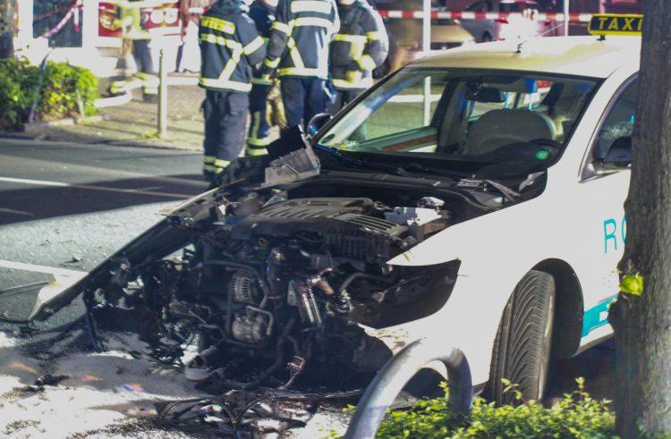 Schwerer Verkehrsunfall auf der Mendener Straße